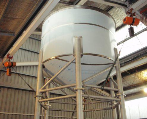 Sludge tank for wine industry